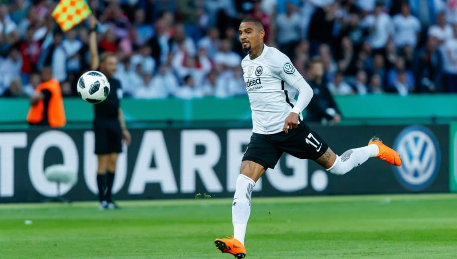 BERLIN, GERMANY - MAY 19: Kevin-Prince Boateng of Frankfurt controls the ball during the DFB Cup final between Bayern Muenchen and Eintracht Frankfurt at Olympiastadion on May 19, 2018 in Berlin, Germany. (Photo by TF-Images/Getty Images)