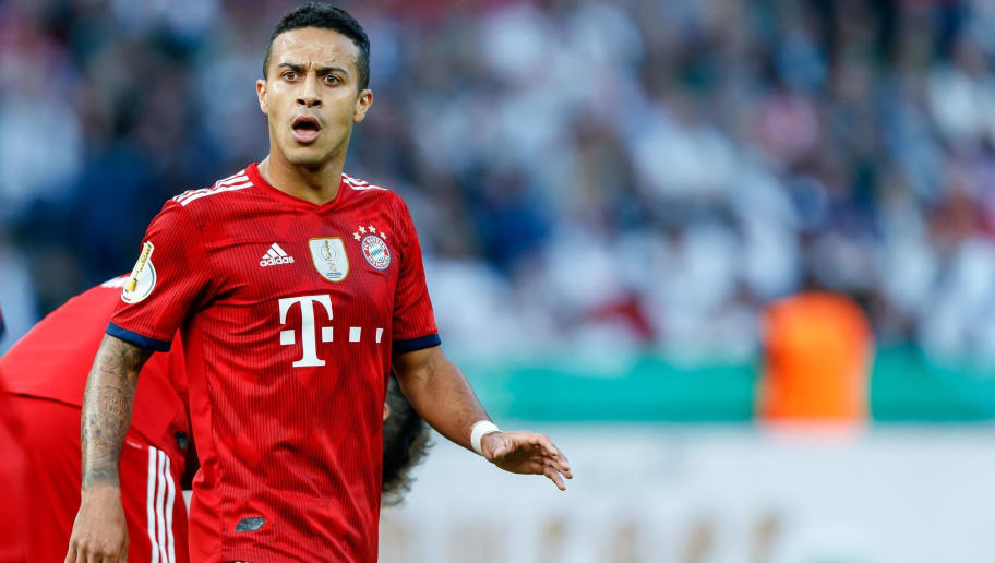 BERLIN, GERMANY - MAY 19: Thiago Alcantara of Muenchen looks on during the DFB Cup final between Bayern Muenchen and Eintracht Frankfurt at Olympiastadion on May 19, 2018 in Berlin, Germany. (Photo by TF-Images/Getty Images)