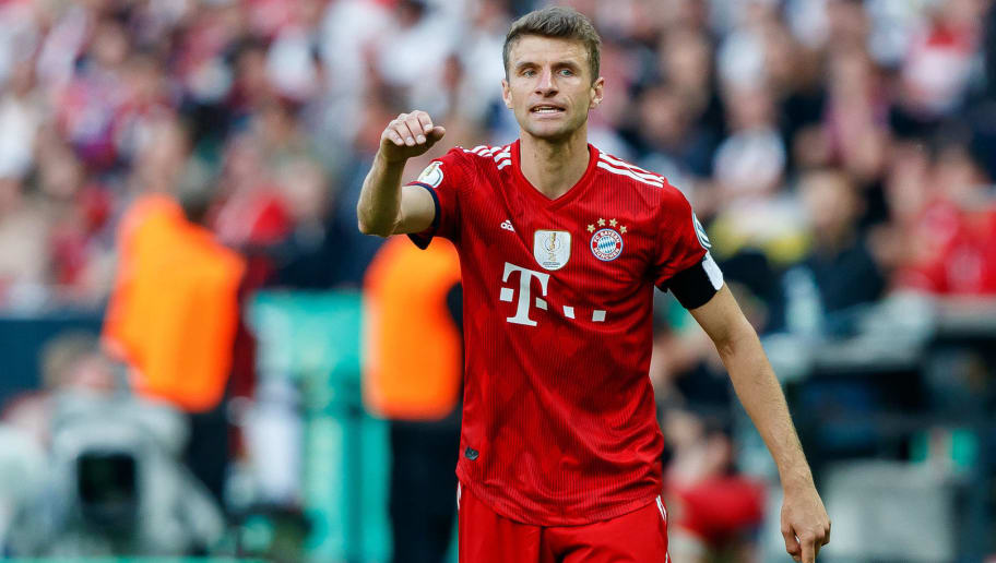 BERLIN, GERMANY - MAY 19: Thomas Mueller of Muenchen gestures during the DFB Cup final between Bayern Muenchen and Eintracht Frankfurt at Olympiastadion on May 19, 2018 in Berlin, Germany. (Photo by TF-Images/Getty Images)