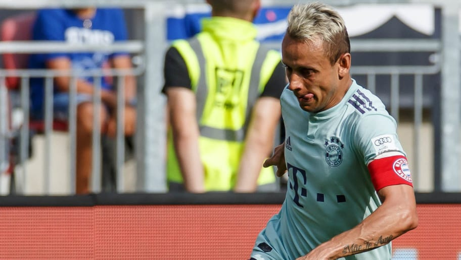 KLAGENFURT, AUSTRIA - JULY 21: Rafinha of Bayern Muenchen controls the ball during the Friendly match between Bayern Muenchen and Paris St. Germain at Woerthersee Stadion on July 21, 2018 in Klagenfurt, Austria. (Photo by TF-Images/Getty Images)