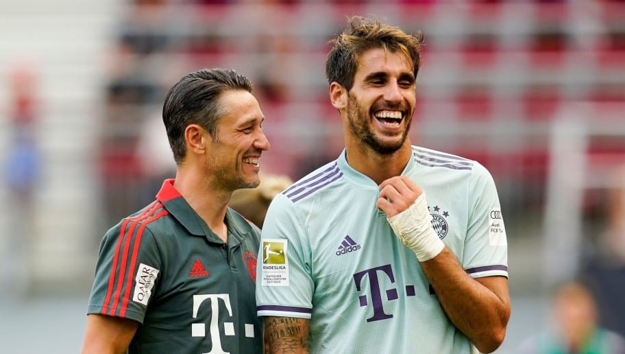 KLAGENFURT, AUSTRIA - JULY 21: head coach Niko Kovac of FC Bayern Muenchen and Javier Martinez of FC Bayern Muenchen during the AUDI Football Summit match between Bayern Muenchen and Paris St. Germain at Woerthersee Stadion on July 21, 2018 in Klagenfurt, Austria. (Photo by Josef Bollwein - Sepa Media/Bongarts/Getty Images)