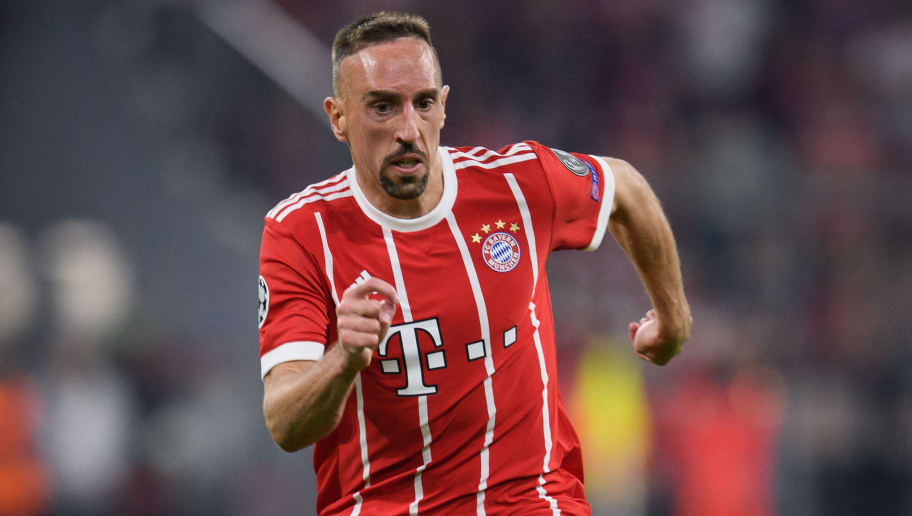 MUNICH, GERMANY - APRIL 25: Franck Ribery of FC Bayern Muenchen controls the ball during the UEFA Champions League Semi Final First Leg match between Bayern Muenchen and Real Madrid at the Allianz Arena on April 25, 2018 in Munich, Germany. (Photo by Matthias Hangst/Bongarts/Getty Images)