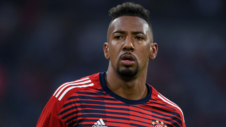 MUNICH, GERMANY - APRIL 25: Jerome Boateng of Bayern Munich warms up prior to the UEFA Champions League Semi Final First Leg match between Bayern Muenchen and Real Madrid at the Allianz Arena on April 25, 2018 in Munich, Germany. (Photo by Etsuo Hara/Getty Images)