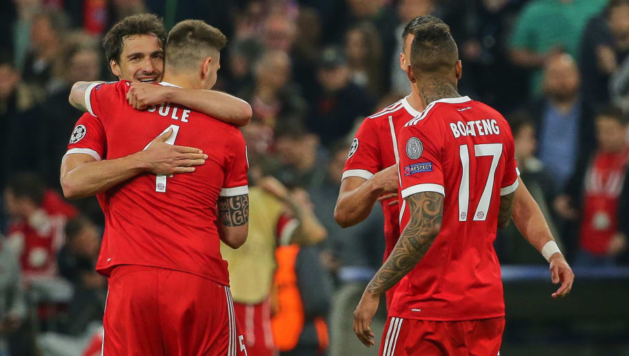 MUNICH, GERMANY - APRIL 11: Mats Hummels of Muenchen, Niklas Suele of Muenchen, Sandro Wagner of Muenchen and Jerome Boateng of Muenchen celebrate after winning the UEFA Champions League quarter final second leg match between Bayern Muenchen and Sevilla FC at Allianz Arena on April 11, 2018 in Munich, Germany. (Photo by TF-Images/Getty Images)