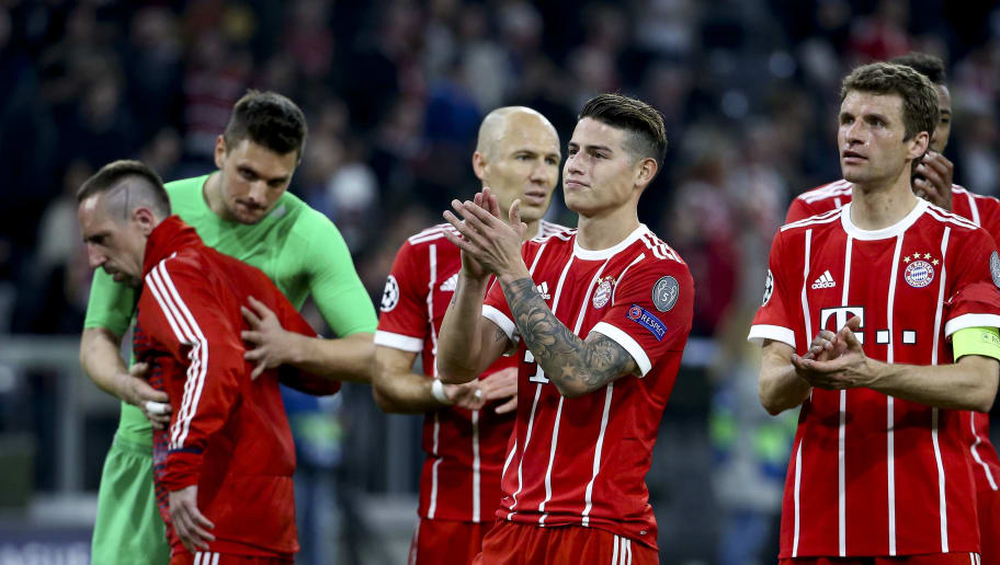 MUNICH, GERMANY - APRIL 11: Franck Ribery, Arjen Robben, James Rodriguez, Thomas Muller, Mats Hummels salute the supporters following the UEFA Champions League Quarter Final second leg match between Bayern Muenchen and FC Sevilla at Allianz Arena on April 11, 2018 in Munich, Germany. (Photo by Jean Catuffe/Getty Images)
