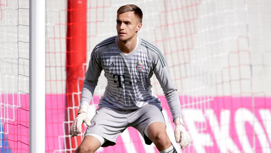 MUNCHEN, GERMANY - OCTOBER 2: Christian Fruchtl of Bayern Munchen U19  during the    match between Bayern Munchen U19 v Ajax U19 at the FC Bayern Campus on October 2, 2018 in Munchen Germany (Photo by Erwin Spek/Soccrates/Getty Images)