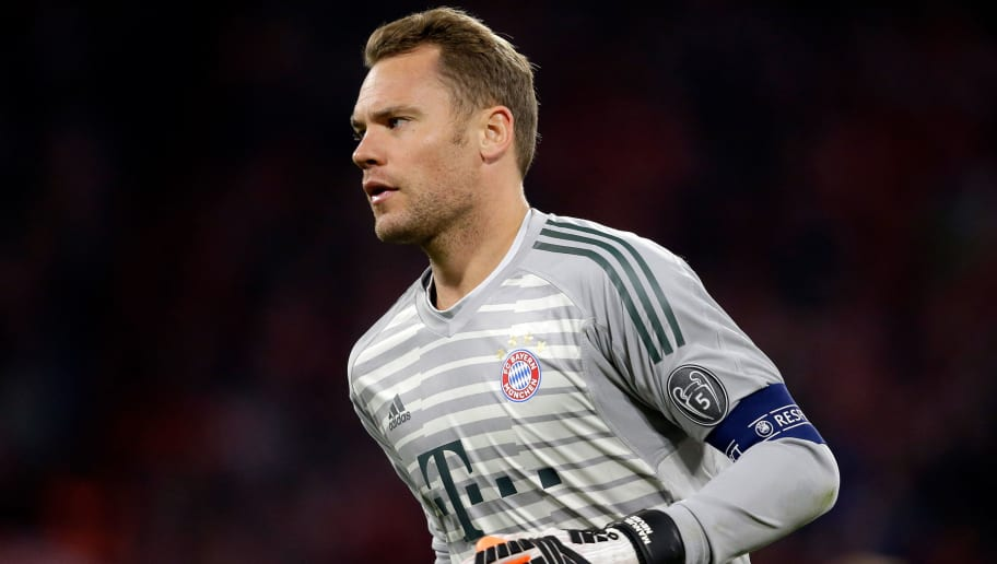 MUNICH, GERMANY - OCTOBER 2: Manuel Neuer of Bayern Munchen  during the UEFA Champions League  match between Bayern Munchen v Ajax at the Allianz Arena on October 2, 2018 in Munich Germany (Photo by Erwin Spek/Soccrates/Getty Images)