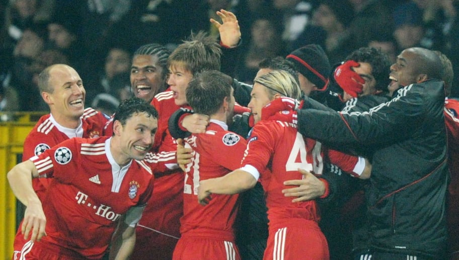 Bayern Munich's players celebrate scoring during the UEFA Champions League group A football match Juventus Turin vs FC Bayern Munich in the northern Italian city of Turin on December 8, 2009. Bayern Munich won the match 1-4.   AFP PHOTO DDP / OLIVER LANG (Photo credit should read OLIVER LANG/AFP/Getty Images)