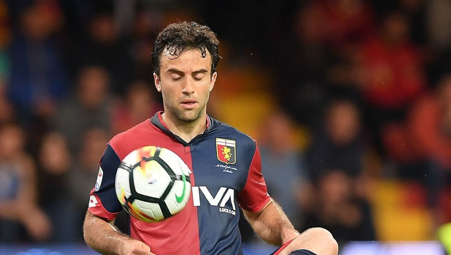 BENEVENTO, ITALY - MAY 12:  Giuseppe Rossi of Genoa CFC in action during the serie A match between Benevento Calcio and Genoa CFC at Stadio Ciro Vigorito on May 12, 2018 in Benevento, Italy.  (Photo by Francesco Pecoraro/Getty Images) *** Local Caption *** Giuseppe Rossi