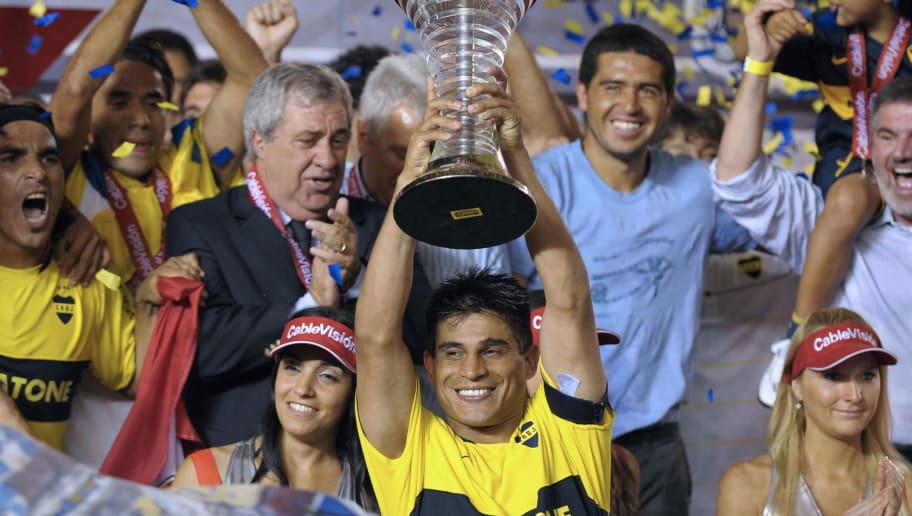 Boca Juniors'  footballer Hugo Ibarra ho