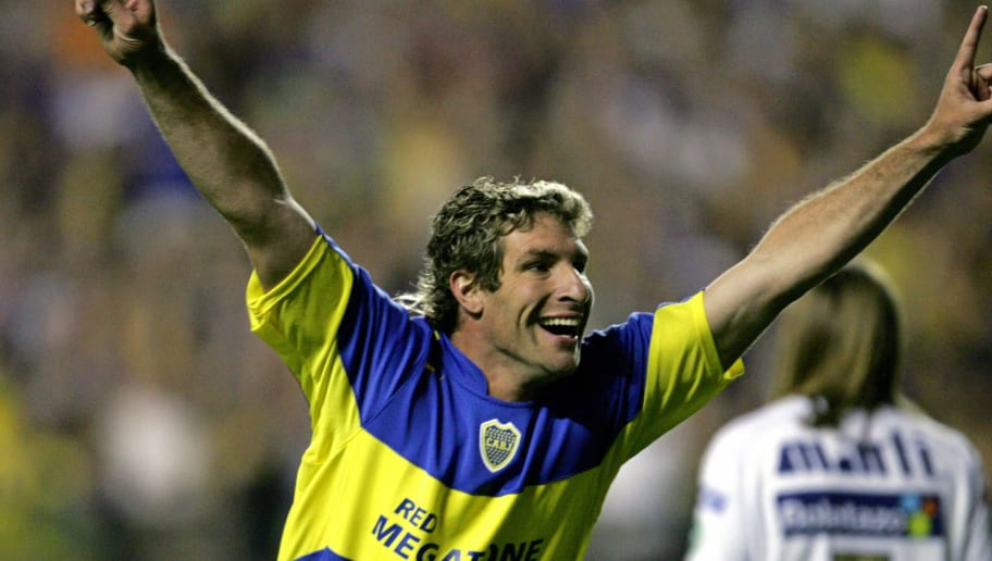 Boca Juniors's  Martin Palermo celebrate