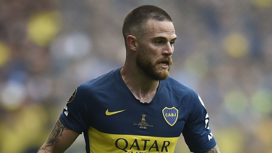 BUENOS AIRES, ARGENTINA - NOVEMBER 11: Nahitan Nandez of Boca Juniors drives the ball during the first leg match between Boca Juniors and River Plate as part of the Finals of Copa CONMEBOL Libertadores 2018 at Estadio Alberto J. Armando on November 11, 2018 in Buenos Aires, Argentina. The match was due to be played on November 10th and was rescheduled due to heavy storms in Buenos Aires. (Photo by Marcelo Endelli/Getty Images)