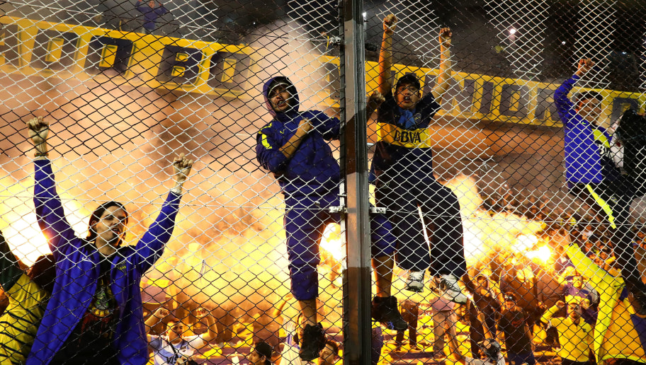 BUENOS AIRES, ARGENTINA - MAY 14: Boca Juniors fans support their team during the Torneo Primera Division match between Boca Juniors and River Plate at Estadio Alberto J. Armando on May 14, 2017 in Buenos Aires, Argentina. (Photo by Chris Brunskill Ltd/Getty Images)