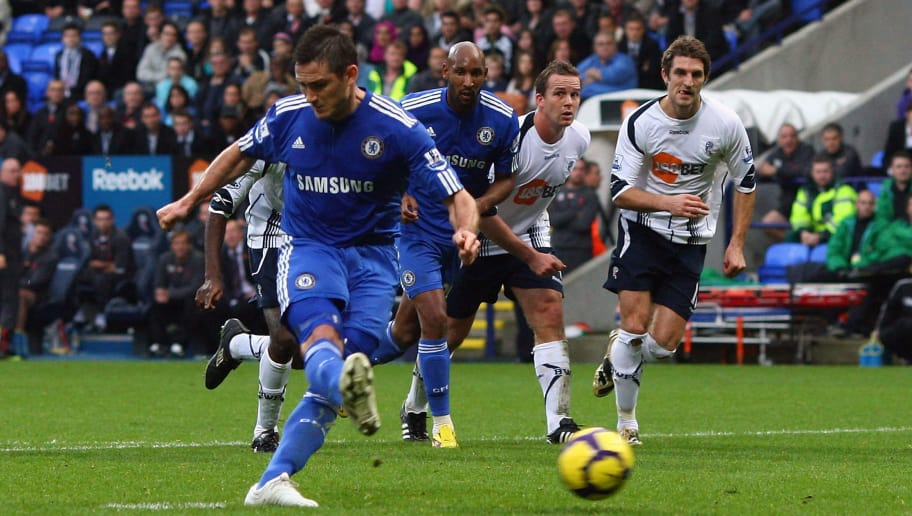 BOLTON, ENGLAND - OCTOBER 31:  Frank Lampard of Chelsea scores the opening goal from the penalty spot during the Barclays Premier League match between Bolton Wanderers and Chelsea at the Reebok Stadium on October 31, 2009 in Bolton,United Kingdom.  (Photo by Alex Livesey/Getty Images)