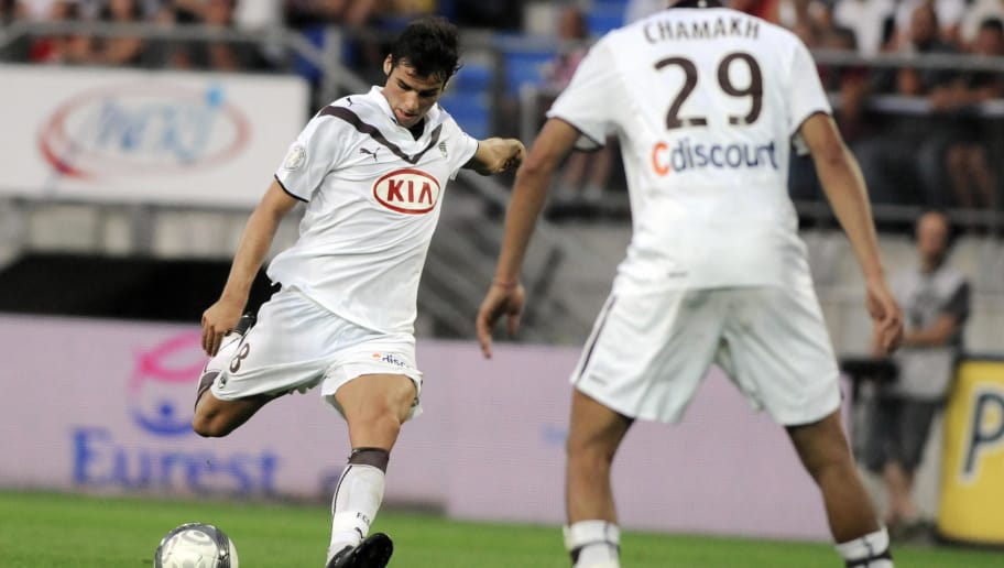 Bordeaux' midfielder Yoann Gourcuff (L)