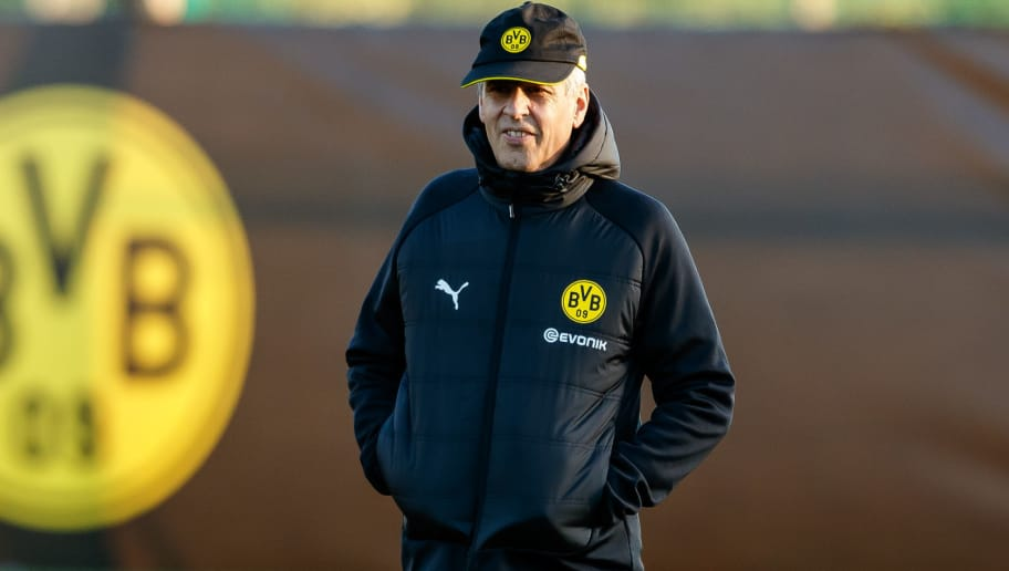 MARBELLA, SPAIN - JANUARY 04: head coach Lucien Favre of Borussia Dortmund looks on during a training session as part of the training camp on January 4, 2019 in Marbella, Spain. (Photo by TF-Images/TF-Images via Getty Images)
