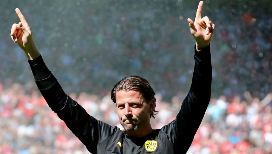 DORTMUND, GERMANY - MAY 05: Roman Weidenfeller of Dortmund says farewell prior to the Bundesliga match between Borussia Dortmund and 1. FSV Mainz 05 at Signal Iduna Park on May 5, 2018 in Dortmund, Germany. (Photo by Christof Koepsel/Bongarts/Getty Images)