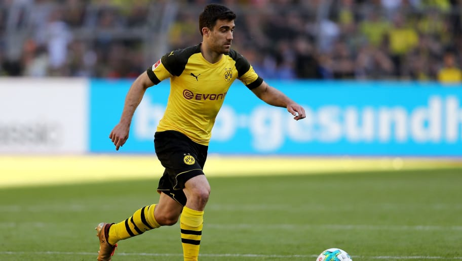 DORTMUND, GERMANY - MAY 05: Sokratis of Dortmund runs with the ball during the Bundesliga match between Borussia Dortmund and 1. FSV Mainz 05 at Signal Iduna Park on May 5, 2018 in Dortmund, Germany. (Photo by Christof Koepsel/Bongarts/Getty Images)