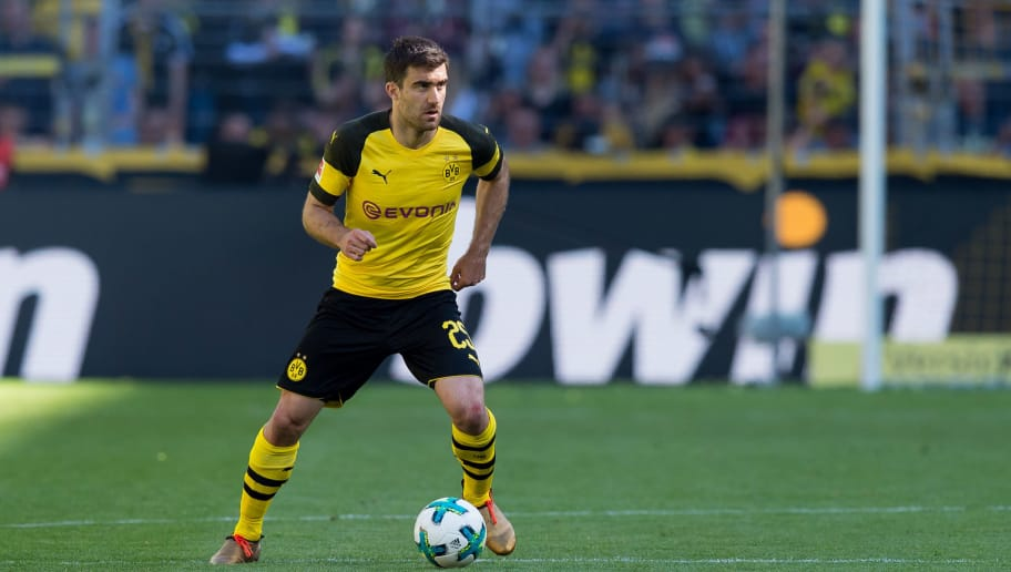 DORTMUND, GERMANY - MAY 05: Sokratis of Dortmund controls the ball during the Bundesliga match between Borussia Dortmund and 1. FSV Mainz 05 at Signal Iduna Park on May 5, 2018 in Dortmund, Germany. (Photo by TF-Images/Getty Images)