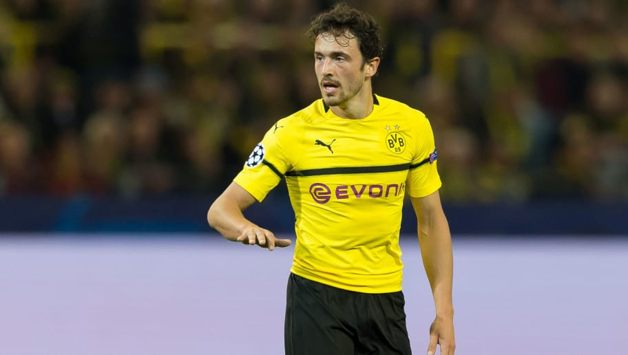 DORTMUND, GERMANY - OCTOBER 03: Thomas Delaney of Borussia Dortmund gestures during the Group A match of the UEFA Champions League between Borussia Dortmund and AS Monaco at Signal Iduna Park on October 3, 2018 in Dortmund, Germany. (Photo by TF-Images/TF-Images via Getty Images)