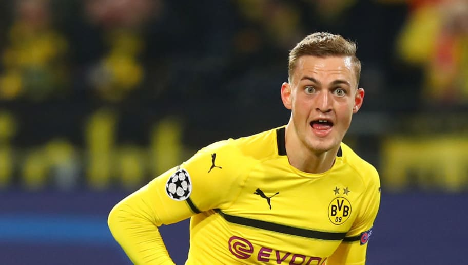 DORTMUND, GERMANY - OCTOBER 03: Jacob Bruun Larsen of Borussia Dortmund celebrates after scoring his team`s first goal during the Group A match of the UEFA Champions League between Borussia Dortmund and AS Monaco at Signal Iduna Park on October 3, 2018 in Dortmund, Germany. (Photo by TF-Images/Getty Images)