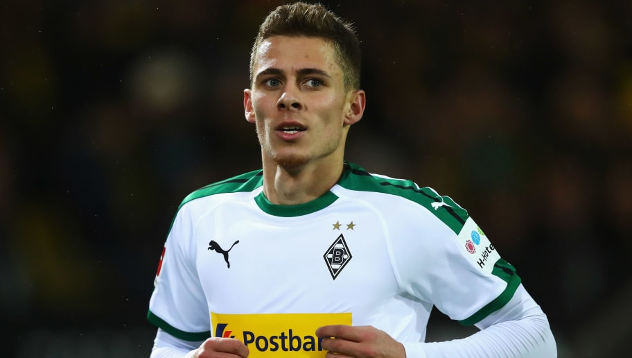 DORTMUND, GERMANY - DECEMBER 21:  Thorgan Hazard of Borussia Monchengladbach in action during the Bundesliga match between Borussia Dortmund and Borussia Moenchengladbach at Signal Iduna Park on December 21, 2018 in Dortmund, Germany.  (Photo by Dean Mouhtaropoulos/Bongarts/Getty Images)