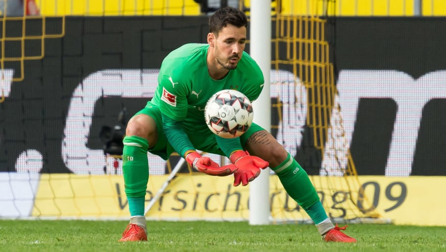 DORTMUND, GERMANY - OCTOBER 06: Goalkeeper Roman Buerki of Borussia Dortmund controls the ball during the Bundesliga match between Borussia Dortmund and FC Augsburg at Signal Iduna Park on October 6, 2018 in Dortmund, Germany. (Photo by TF-Images/Getty Images)