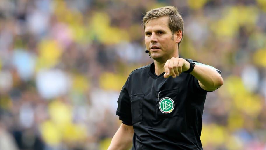 Zweitliga-Topspiel: Arminia und der HSV kritisieren Schiedsrichter-Leistung