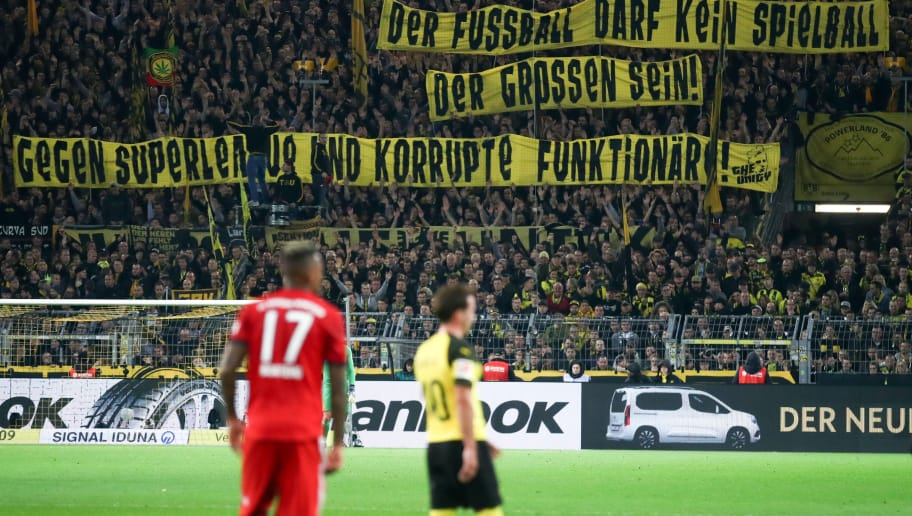 DORTMUND, GERMANY - NOVEMBER 10: Fans of Dortmund show their protest against a potential Super League during the Bundesliga match between Borussia Dortmund and FC Bayern Muenchen at Signal Iduna Park on November 10, 2018 in Dortmund, Germany. (Photo by Alex Grimm/Bongarts/Getty Images)