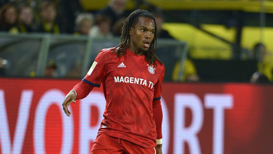 DORTMUND, GERMANY - NOVEMBER 10: Renato Sanches of Bayern Muenchen controls the ball during the Bundesliga match between Borussia Dortmund and FC Bayern Muenchen at Signal Iduna Park on November 10, 2018 in Dortmund, Germany. (Photo by TF-Images/Getty Images)