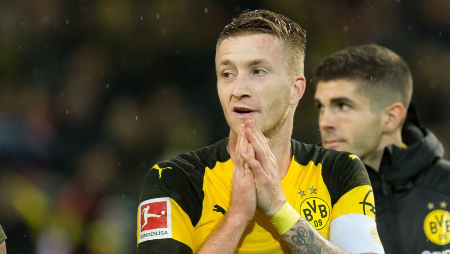 DORTMUND, GERMANY - NOVEMBER 10: Marco Reus of Borussia Dortmund gestures during the Bundesliga match between Borussia Dortmund and FC Bayern Muenchen at Signal Iduna Park on November 10, 2018 in Dortmund, Germany. (Photo by TF-Images/Getty Images)