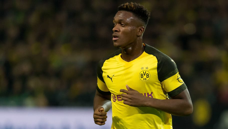 DORTMUND, GERMANY - NOVEMBER 10: Dan-Axel Zagadou of Borussia Dortmund looks on during the Bundesliga match between Borussia Dortmund and FC Bayern Muenchen at Signal Iduna Park on November 10, 2018 in Dortmund, Germany. (Photo by TF-Images/Getty Images)