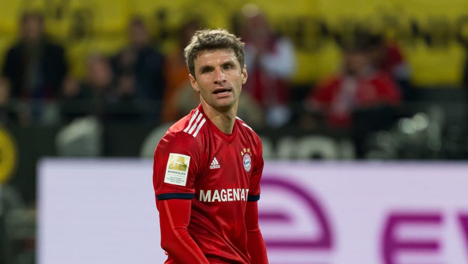 DORTMUND, GERMANY - NOVEMBER 10: Thomas Mueller of Bayern Muenchen looks on during the Bundesliga match between Borussia Dortmund and FC Bayern Muenchen at Signal Iduna Park on November 10, 2018 in Dortmund, Germany. (Photo by TF-Images/Getty Images)