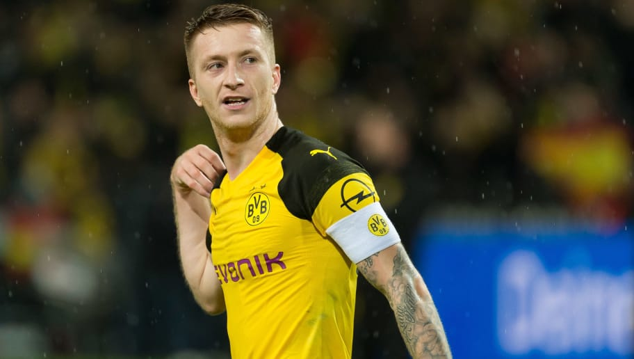 DORTMUND, GERMANY - NOVEMBER 10: Marco Reus of Borussia Dortmund looks on during the Bundesliga match between Borussia Dortmund and FC Bayern Muenchen at Signal Iduna Park on November 10, 2018 in Dortmund, Germany. (Photo by TF-Images/Getty Images)