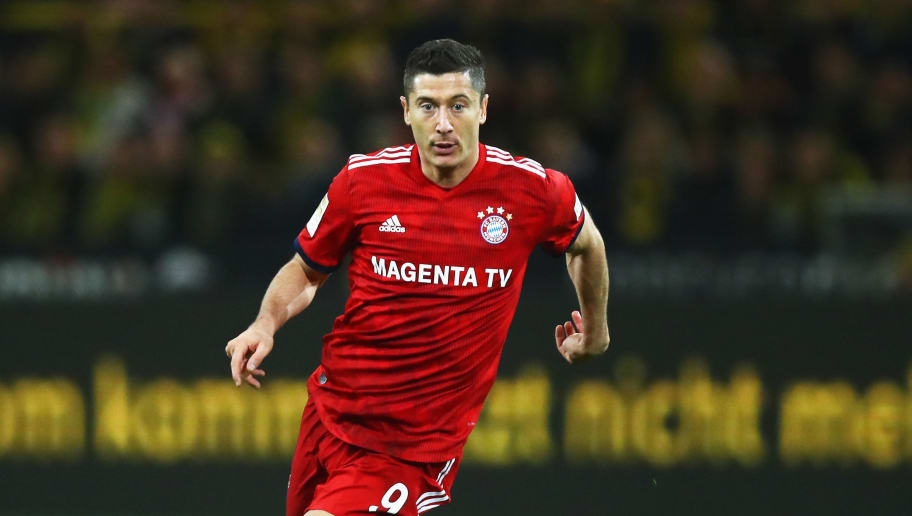 DORTMUND, GERMANY - NOVEMBER 10:  Robert Lewandowski of Munich in action during the Bundesliga match between Borussia Dortmund and FC Bayern Muenchen at Signal Iduna Park on November 10, 2018 in Dortmund, Germany.  (Photo by Dean Mouhtaropoulos/Bongarts/Getty Images)