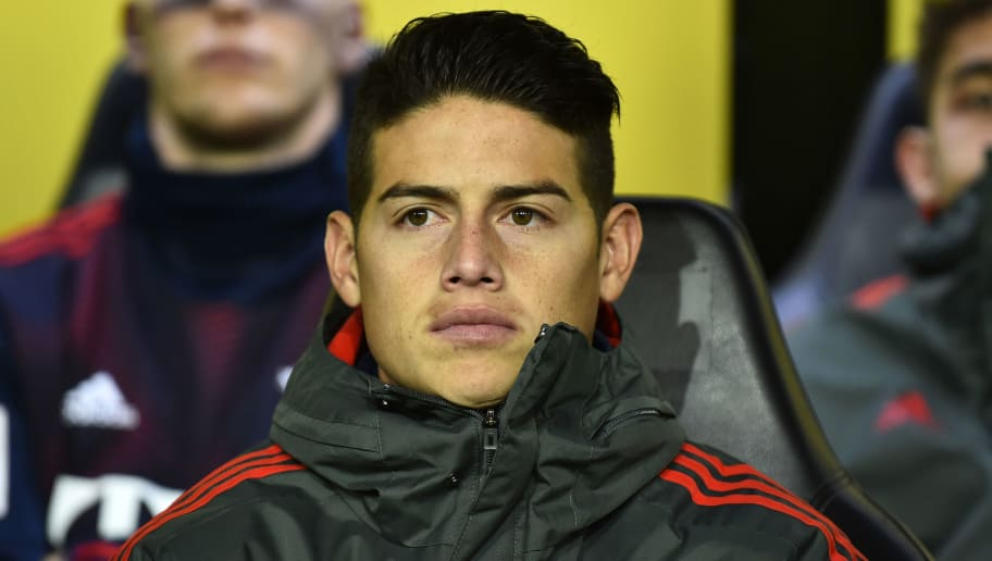 DORTMUND, GERMANY - NOVEMBER 10: James Rodriguez of Bayern Muenchen looks on during the Bundesliga match between Borussia Dortmund and FC Bayern Muenchen at Signal Iduna Park on November 10, 2018 in Dortmund, Germany. (Photo by TF-Images/Getty Images)