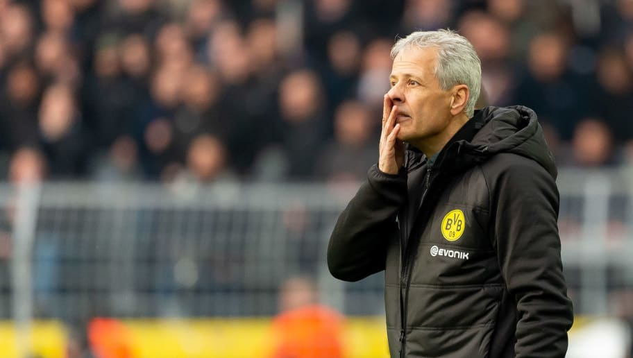 DORTMUND, GERMANY - OCTOBER 27: Head coach Lucien Favre of Borussia Dortmund looks on during the Bundesliga match between Borussia Dortmund and Hertha BSC at Signal Iduna Park on October 27, 2018 in Dortmund, Germany. (Photo by TF-Images/Getty Images)