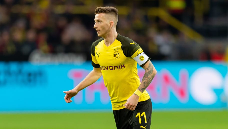 DORTMUND, GERMANY - DECEMBER 01: Marco Reus of Dortmund controls the ball during the Bundesliga match between Borussia Dortmund and Sport-Club Freiburg at Signal Iduna Park on December 01, 2018 in Dortmund, Germany. (Photo by TF-Images/Getty Images)