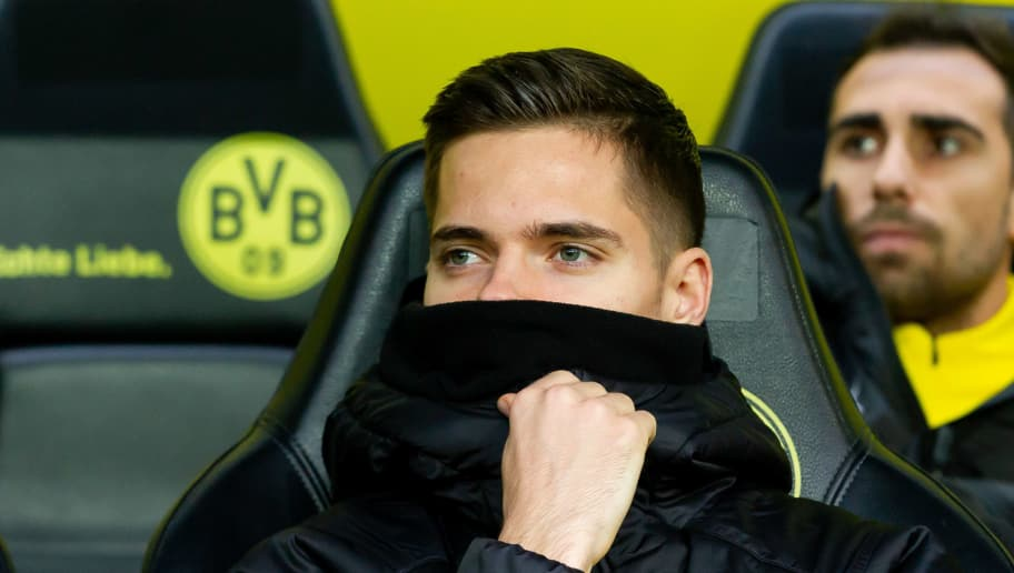 DORTMUND, GERMANY - DECEMBER 01: Julian Weigl of Dortmund looks on during the Bundesliga match between Borussia Dortmund and Sport-Club Freiburg at Signal Iduna Park on December 01, 2018 in Dortmund, Germany. (Photo by TF-Images/Getty Images)