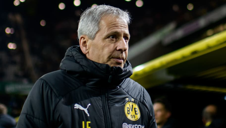 DORTMUND, GERMANY - DECEMBER 15: Headcoach Lucien Favre of Dortmund the Bundesliga match between Borussia Dortmund and SV Werder Bremen at the Signal Iduna Park on December 15, 2018 in Dortmund, Germany. (Photo by Jörg Schüler/Getty Images)