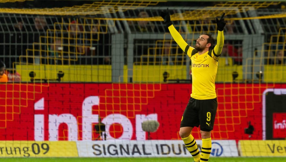 DORTMUND, GERMANY - DECEMBER 15: Paco Alcacer of Dortmund celebrates after scoring his team's first goal during the Bundesliga match between Borussia Dortmund and SV Werder Bremen at the Signal Iduna Park on December 15, 2018 in Dortmund, Germany. (Photo by TF-Images/TF-Images via Getty Images)
