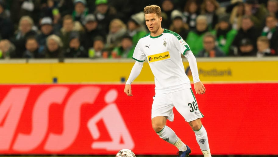 MOENCHENGLADBACH, GERMANY - DECEMBER 17: Nico Elvedi of Borussia Moenchengladbach controls the ball during the Bundesliga match between Borussia Moenchengladbach and 1.FC Nuernberg at Borussia-Park on December 17, 2018 in Moenchengladbach, Germany. (Photo by TF-Images/TF-Images via Getty Images)
