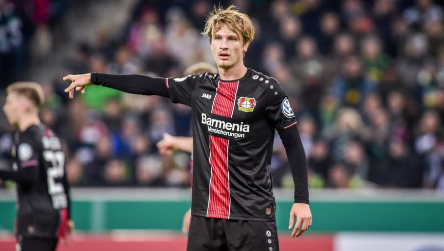 MOENCHENGLADBACH, GERMANY - OCTOBER 31: Tin Jedvaj of Bayer 04 Leverkusen gestures during the DFB Cup match between Borussia Moenchengladbach and Bayer 04 Leverkusen at Borussia-Park on October 31, 2018 in Moenchengladbach, Germany. (Photo by TF-Images/Getty Images)