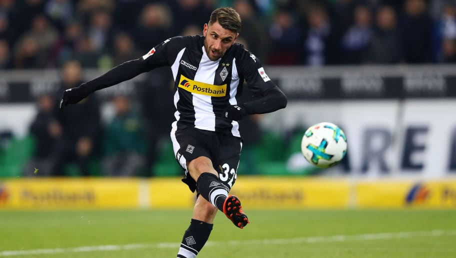 MOENCHENGLADBACH, GERMANY - DECEMBER 09: Vincenzo Grifo of Moenchengladbach shoots on target during the Bundesliga match between Borussia Moenchengladbach and FC Schalke 04 at Borussia-Park on December 9, 2017 in Moenchengladbach, Germany. (Photo by Dean Mouhtaropoulos/Bongarts/Getty Images)