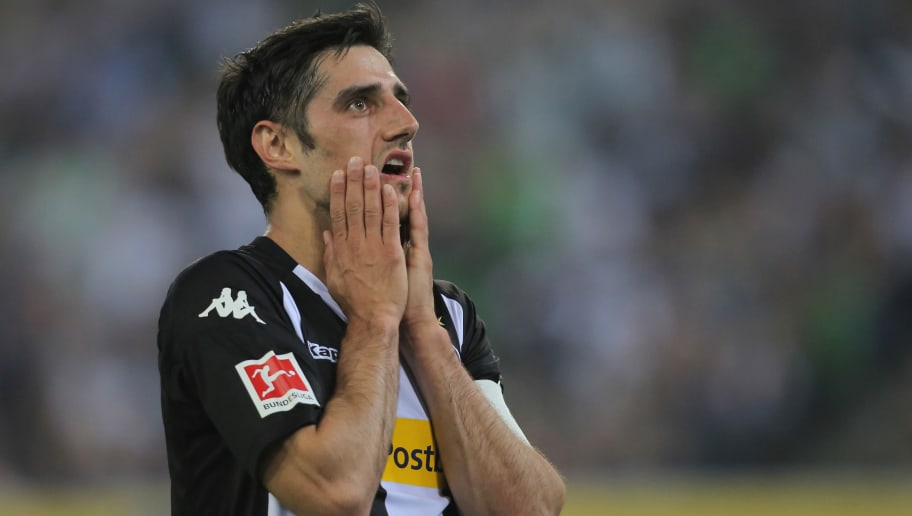 MOENCHENGLADBACH, GERMANY - APRIL 20: Lars Stindl of Moenchengladbach gestures during the Bundesliga match between Borussia Moenchengladbach and VfL Wolfsburg at Borussia-Park on April 21, 2018 in Moenchengladbach, Germany. (Photo by TF-Images/Getty Images)