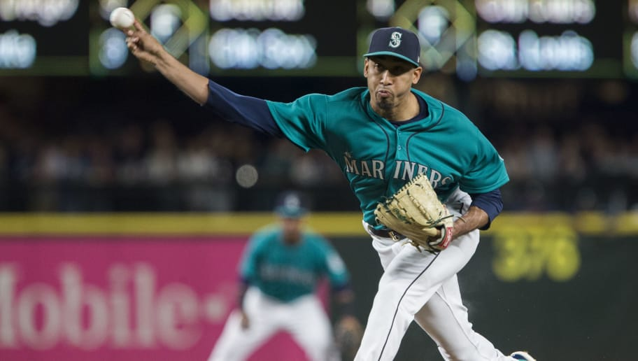 SEATTLE, WA - JUNE 15:  Edwin Diaz #39 of the Seattle Mariners delivers against the Boston Red Sox in the ninth inning of the game at Safeco Field on June 15, 2018 in Seattle, Washington. The Seattle Mariners beat the Boston Red Sox 7-6. (Photo by Lindsey Wasson/Getty Images)