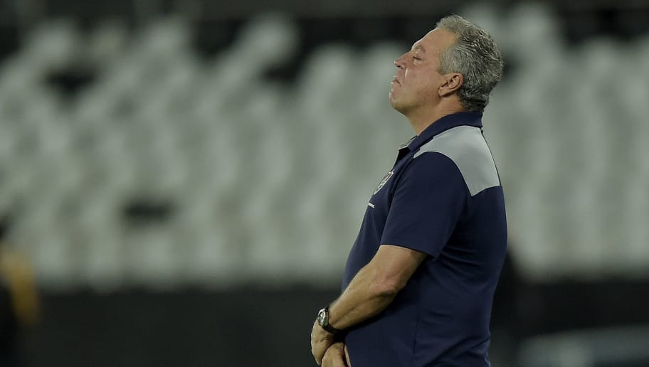 RIO DE JANEIRO, BRAZIL - MAY 14: Abel Braga, Head Coach of Fluminense reacts during the match between Botafogo and Fluminense as part of Brasileirao Series A 2018 at Engenhao Stadium on May 14, 2018 in Rio de Janeiro, Brazil. (Photo by Alexandre Loureiro/Getty Images)