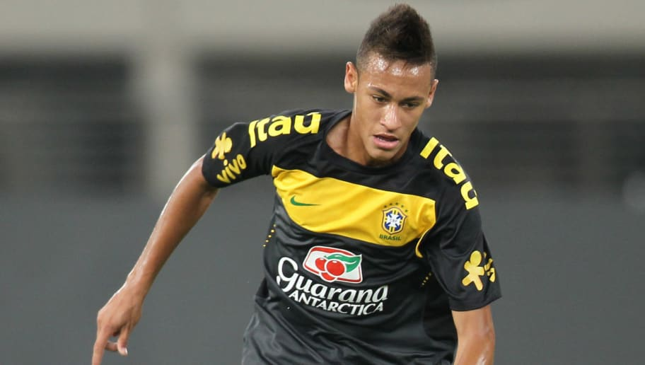 Brazil's new star Neymar attends a train