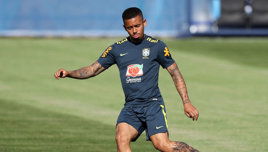SOCHI, RUSSIA - JUNE 13:  Gabriel Jesus of Brazil passes the ball during a Brazil training session ahead of the FIFA World Cup 2018 at Yug-Sport Stadium on June 13, 2018 in Sochi, Russia.  (Photo by Buda Mendes/Getty Images)
