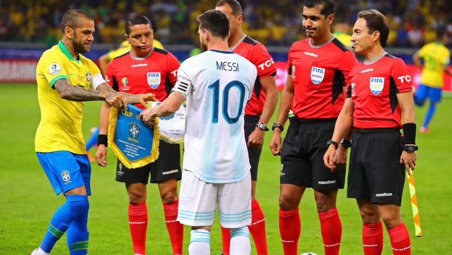 Dani Alves,Lionel Messi